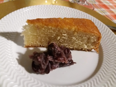 ケーキにあんこ添