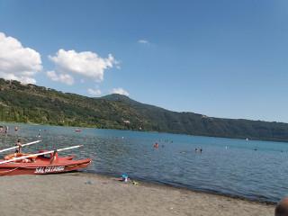 カステル・ガンドルフォ湖
