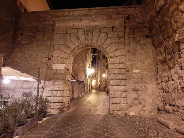 旧市街地への入り口
